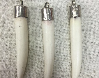 H15 Bone Horn Pendant (3pc set)