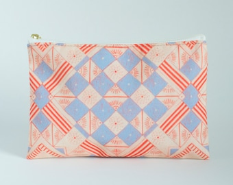T-bottom or No Bottom Accessory Pouch | Quilt |