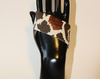 "Cuff collection Graaouu. Reason for ""Giraffe"" beads Miyuki delicas, weaving craft"