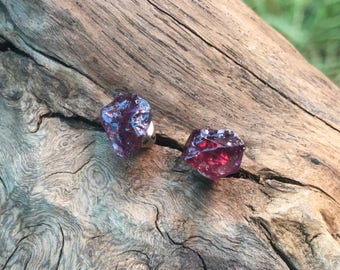Handmade Raw Garnet earring (Glamorous Artwork). Perfect gift. Beautiful jewelry. Raw Garnet. Red stud earring