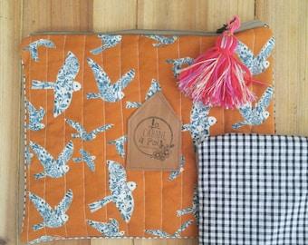 Birds romantic pouch