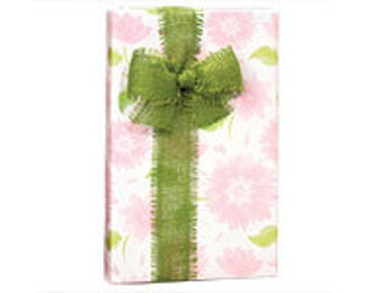 Pretty Petals  Gift Wrap Wrapping Paper-18ft Roll w. 20Gift Tags
