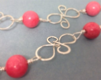 Sterling Silver Hammered Wire and Pink Jade Necklace