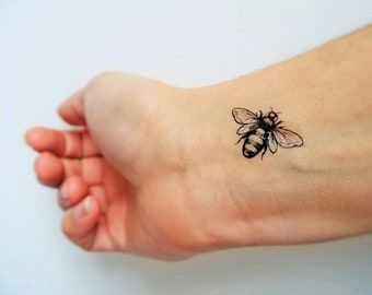 6 bee temporary tattoos /realistic bee tattoo / vintage bees tattoo / bee flight tattoo / nature tattoo / small tattoo / realistic bee tat