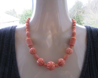 Art deco necklace - salmon color - early plastic and glass ? collectible