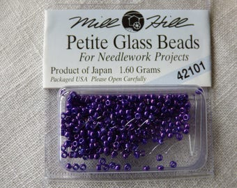 Mill Hill Petite Glass Beads 42101 bead