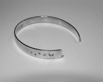 """""""Moon shadow"""" bracelet 925 sterling silver torque recycled"""