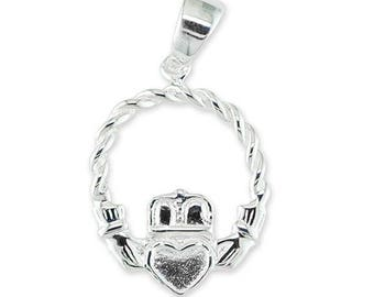 925 Sterling Silver Claddagh Irish Heart Hands Necklace