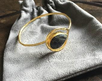 Gold Plated Bracelet Hammered and Chiselled Labradorite Gem
