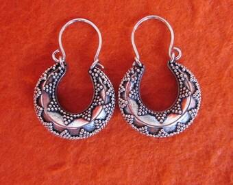 Balinese Sterling Silver hoop Earrings /  silver 925 / Bali granulation handmade jewelry / (#6K)