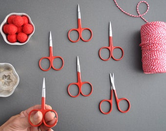 Snipster wide bow embroidery scissors