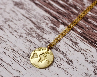 World Map Necklace / Travel Necklace / Globe Necklace / Map Necklace / Graduation Gift / Gifts for Women /Daily Inspiration/ Dainty Necklace