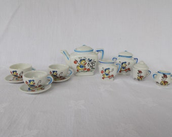 Vintage Child's Tea Set, The Ugly Duckling, Made in Japan