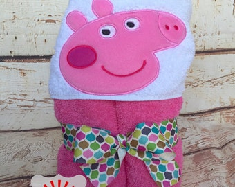 Peppa Pig Hooded Towel, Peppa the Pig Towel, Pink Pig Hooded Towel, Peppa Pig Towel, Peppa Pig Bath Wrap, Girls Towel, Bath Towel,