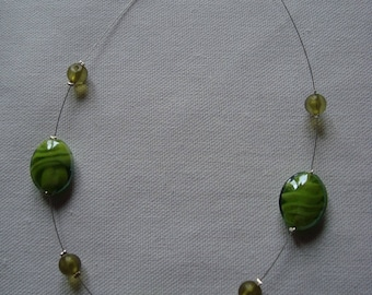 Necklace simple green glass beads