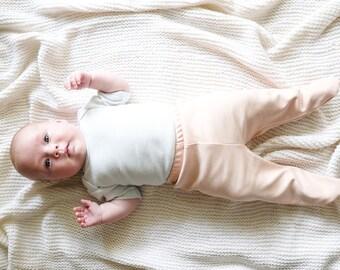 baby pants with feet organic cotton,footed baby pants peach,organic baby pants,newborn pants girl,harem pants rose,pink,harem pants girl