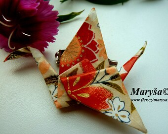 Origami Crane Brooch Origami Animal Brooch Pin with flowers Washi Brooch Fun Brooch Gift for her Romantic gift idea Japan