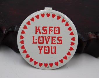 Vintage Radio Station KSFO Loves You 1970's 80's Radio Pin Pinback Button Dr28
