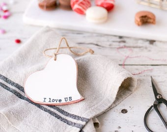 I love us Sign - Valentines Sign - Rustic Valentine - Valentines Favor - Valentines Gift