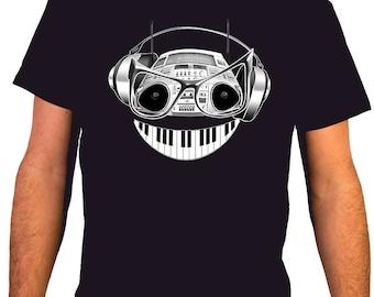 Boombox Smile / MSC 29 - Music DJ Man T-shirt