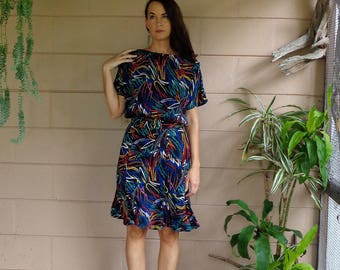 Vintage Silk Dress / Colorful Abstract Print Belted / Medium Large