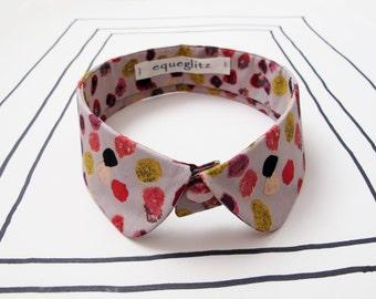 Round tip detachable collar, beige pebble print cotton collar necklace