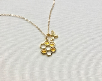 Bee Necklace Gold, Honeycomb Necklace, Beehive Pendant Gold Bee Necklace Honey Autumn Jewelry Mothers Necklace, Gold Necklace, Gift For Her