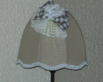 LAMP SHADE SHABBY