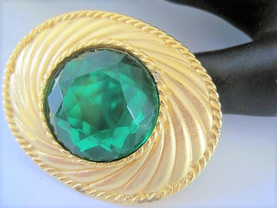 Green Glass Brooch, Signed Ungaro, Green Faceted Cabochon,  Gold Tone Pin