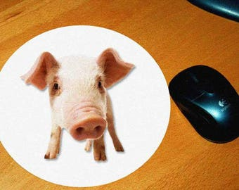 2 model pig mouse pad