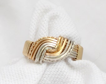 The Hug Wire Wrapped Ring