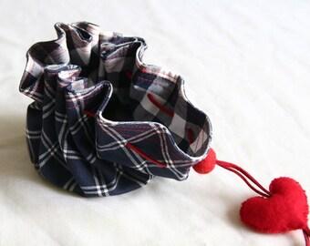blue&white ------Cotton Purse ----valentine --felt heart.----red