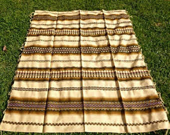 Vintage Peruvian Blanket, Big and Soft Autumn Colored Blanket To use to cover a Table, sofa, chair or bed. Bright and Cheerful Blanket