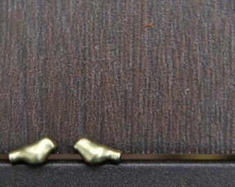 Little gold bird stud earrings!