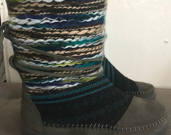 Toms size 6 booties
