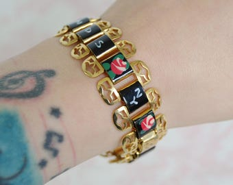 Vintage Thousand Islands NY Souvenir Bracelet with Enamel Painted Links and Flowers
