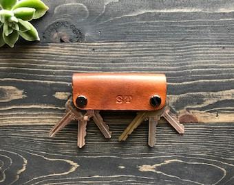 Natural Leather Key Holder, Leather Key Case, Leather Keychain, Slim Key Holder, Minimal Key holder,
