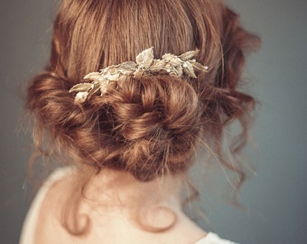 Bridal hair comb - Gold wedding headpiece - Gold leaf hair comb - Wedding decorative comb - Hair jewelry