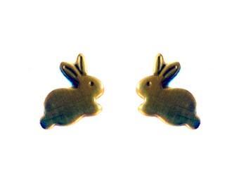 Tiny Brass Bunny Charms (no bail) (10X) (M534-A)