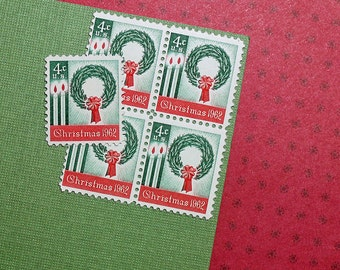 Ten 4c Wreath and Candles .. Vintage Unused US Postage Stamps .. Christmas, Winter Holiday, Seasonal