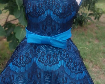 Kathleen Girls Dress / Azul Dress / Lace and Taffeta Dress / Teal Dress / 2t 3t 4t 5 6 / Petticoat / 000131 / 20% Off Coupon Available!