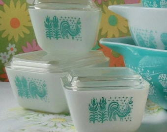 Amish butterprint 60s Pyrex refrigerator dishes set of 3 - 501 502 turquoise and white.