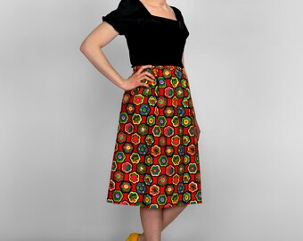 Vintage 70s Skirt • Red Floral Skirt • Boho Skirt • Colorful Border Print Hippie Skirt • Knee Length Cotton Skirt • 1970s Skirt • Folk Skirt