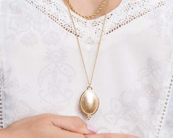Long Gold Necklace,Vintage Style,Hand Made Jewelry,Gold Plated,14K,Gift For Her,Unique Necklace,Oval pendant,Dainty,Charm Necklace Chain