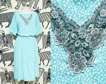 Large Lace Boho Dress // Upcycled Floral Scoop Neck Dress // Billowy Blouse Blue Green White Bohemian Dolman Sleeve Boat Neckline Tie Waist