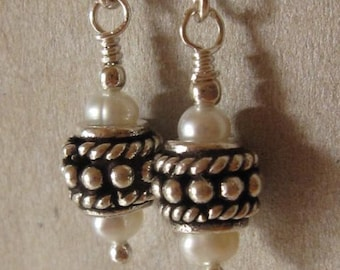 fatdog Earrings - EB701 Sterling Silver Bead and Freshwater Pearl