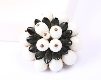 1950s Black and White Flower Brooch