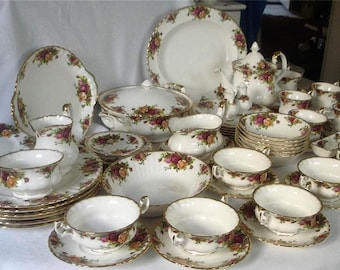 Superb Royal Albert Old Country Roses Dinner And Tea Set