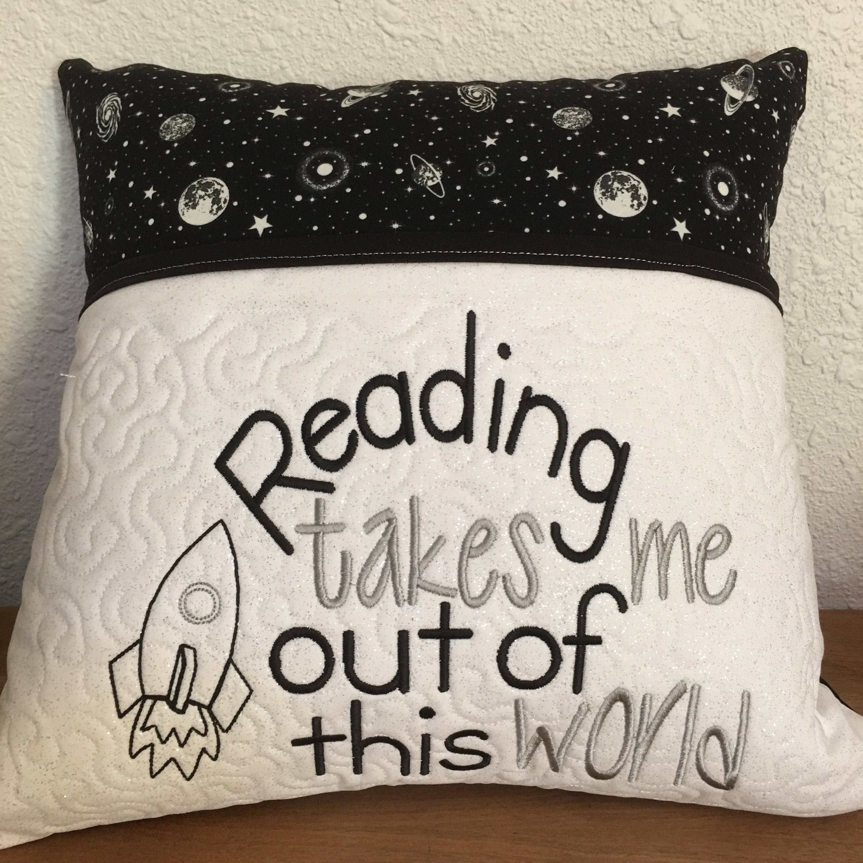 patchwork reading make and more with sewing pocket tutorial learn a pillow to pattern patterns free how diy