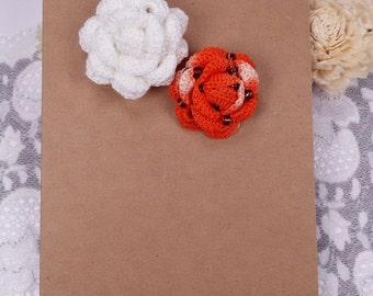 2 Applique Roses, Crochet Roses, White Rose Embellishment, Orange Fabric Rose, Scrapbook Roses, Crochet Sewing Flowers, Rose Gift Tags